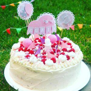 #tort dla Zuzi :-) #torty #torciki #roczek #imieniny #urodziny #bdaycake #bday #bdayparty #birthday #birthdaycelebration #birthdaypresent #birthdaygirl #cake #foodie #foodpics #foodphotography #gastronogram #gastro #chocolate #mascarpone #foodlover #instabday #instawow #instagram #wrocławianie #wrocLove #warszawa Każda okazja jest dobra do świętowania :-) #culinarylove #culinarypassion