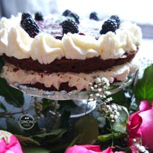 tort lodowy jeżynowo - malinowy Simon cooks