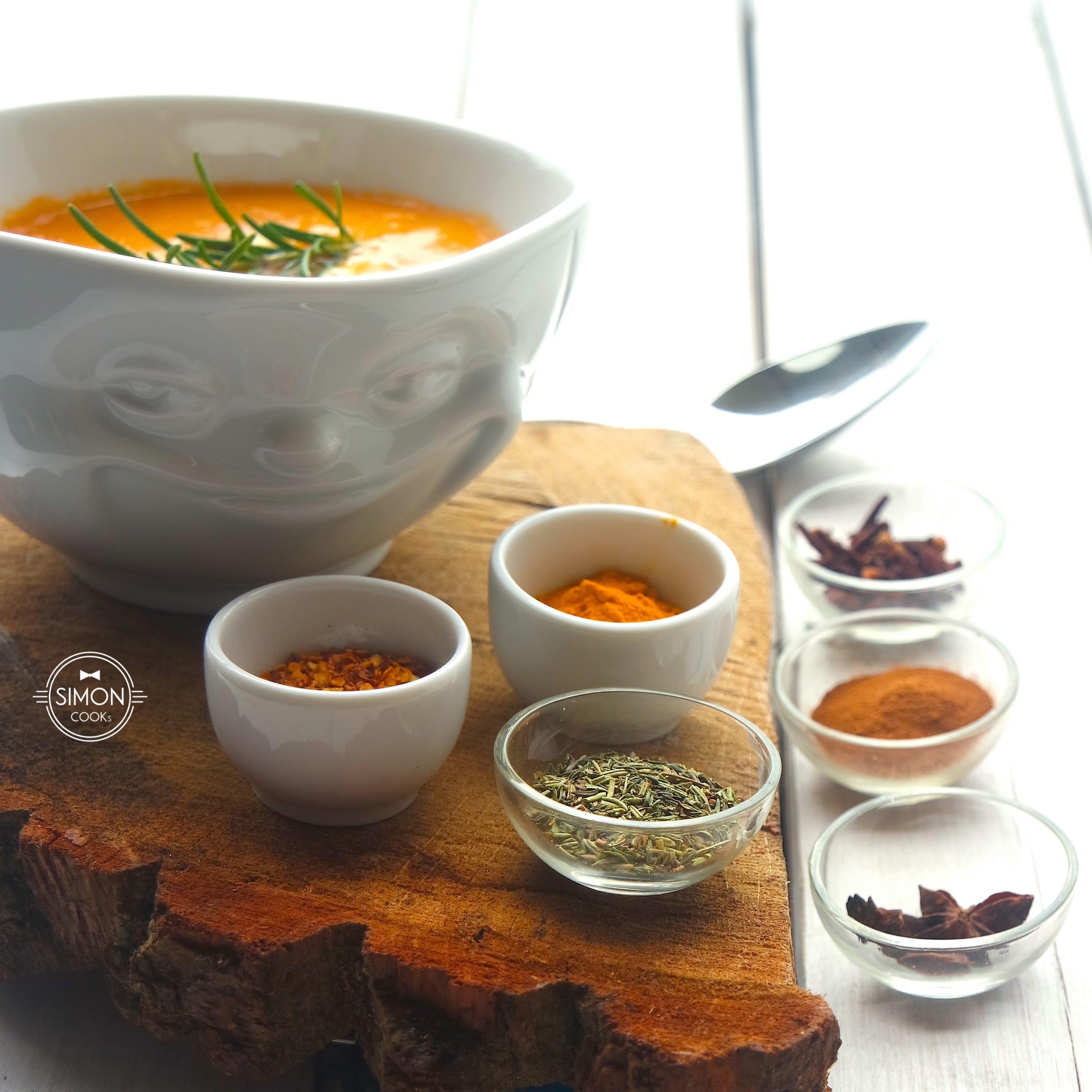 indyjska zupa z soczewicy simon cooks