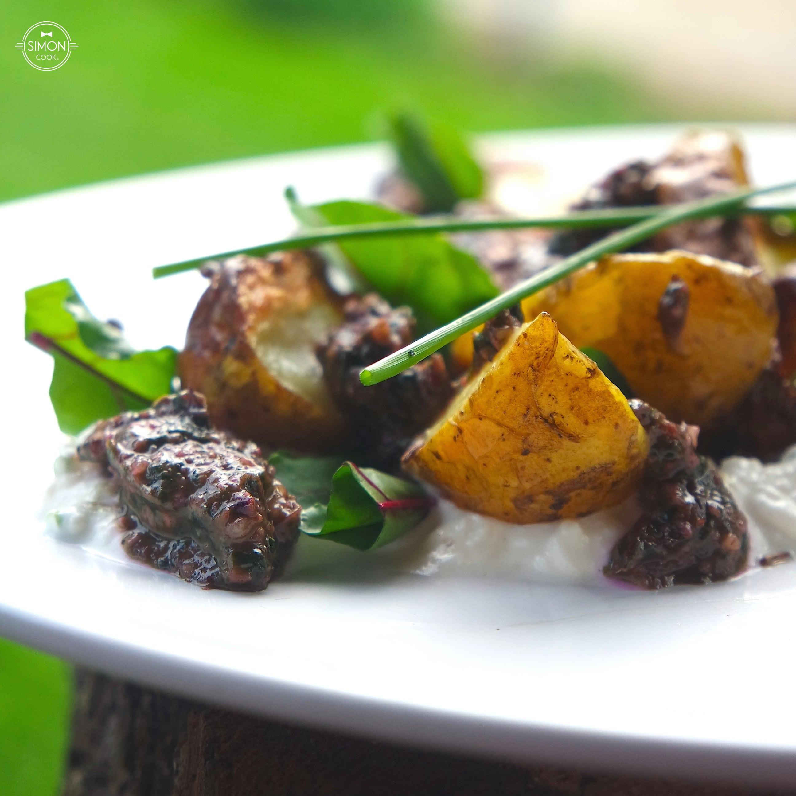 pieczone ziemniaki grill botwina botwinka pesto simon cooks ser biały