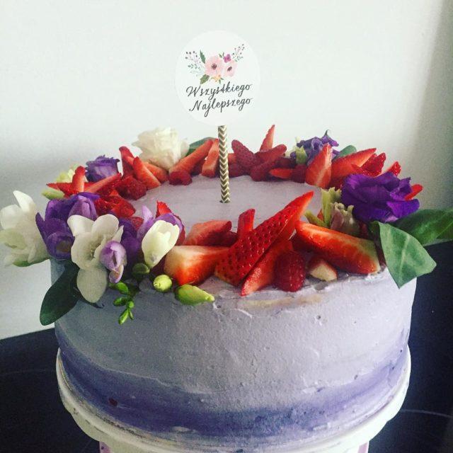 Wszystkiego najlepszego  partymikapl cake strawberry strawberries TORTYNATURALNE birthdaycelebration happybirthdayhellip