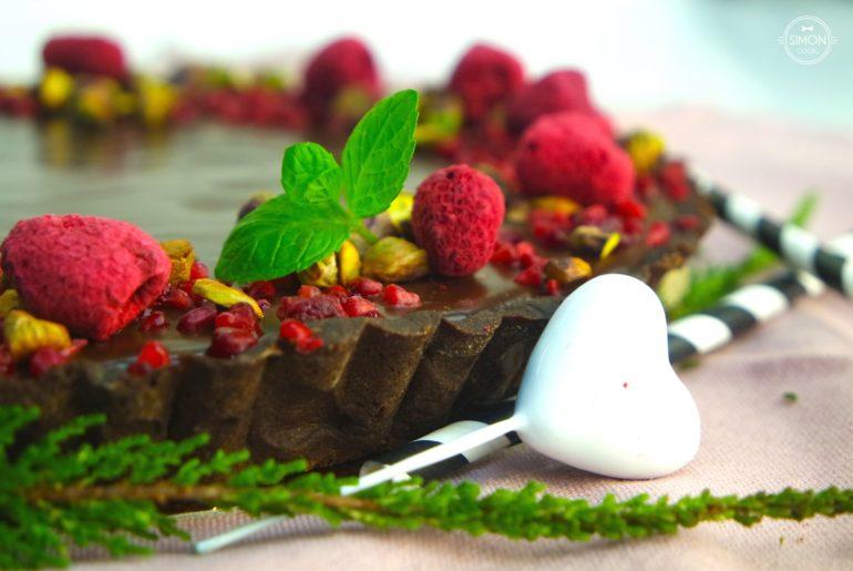 czekoladowa tarta czekoladowy ganache czekolada simon cooks maliny masterchef