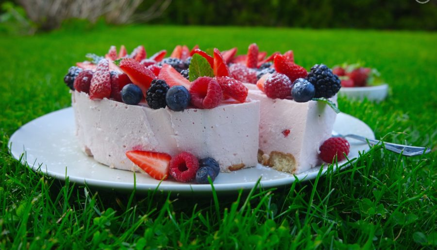 Letni sernik / tort truskawkowy z ricottą